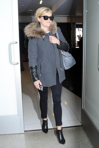 reese witherspoon bag grey coat