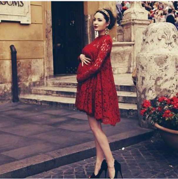 Pregnant Red Dress 60