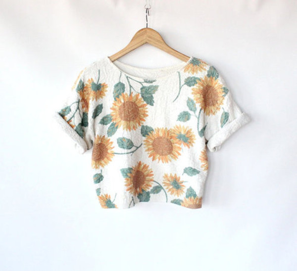 shirt top crop tumbr cuff sleeve sunflower pattern white grey green yellow orange flowers trendy cute t-shirt bag floral daisy crop tops vintage blouse sunflower shirt crop tops sunflower sunflower crop tank white tank top floral crop tops print floral bikini floral blouse shorts amber rose flowers summer floral sunflowers top white crop tops grunge