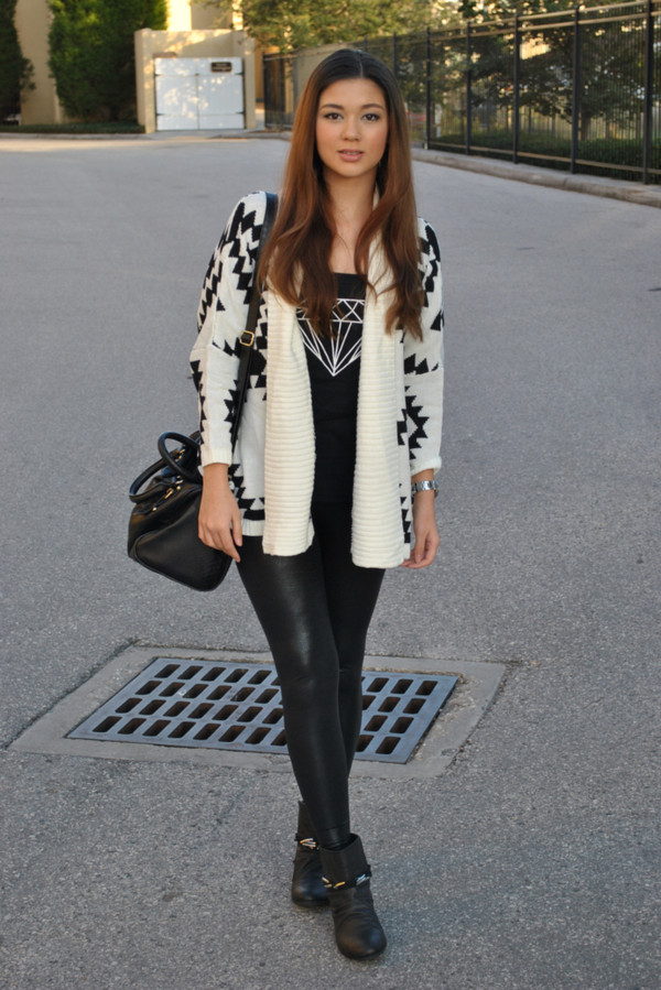 t-shirt pants shoes bag sweater