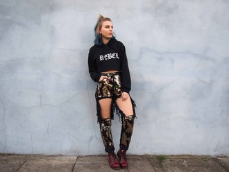 the velvet black grunge blogger sweater jeans shoes cropped hoodie ripped jeans