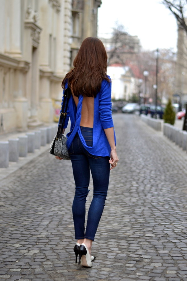 my silk fairytale blouse jeans shoes bag skirt jewels t-shirt blue naked back blue shirt open back sexy top