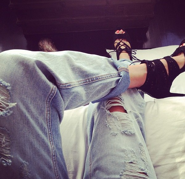 jeans ripped jeans boyfriend jeans shoes