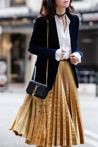 fit fab fun mom blogger skirt shoes bag yves saint laurent blue blazer