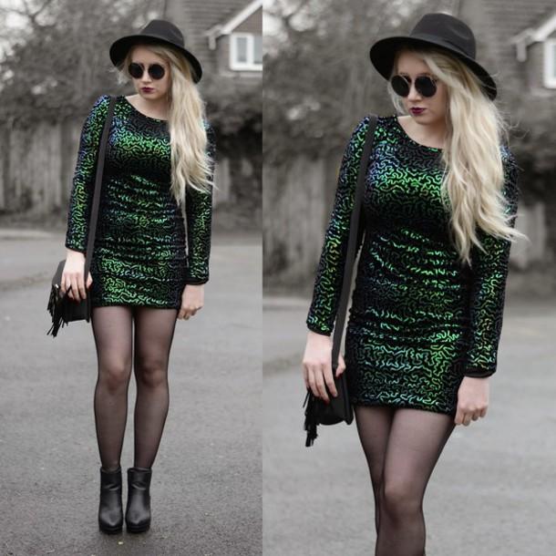sammi jackson blogger hat green dress soft grunge
