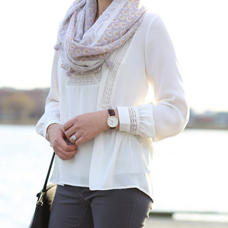 whatjesswore blogger scarf blouse leggings white blouse watch grey jeans