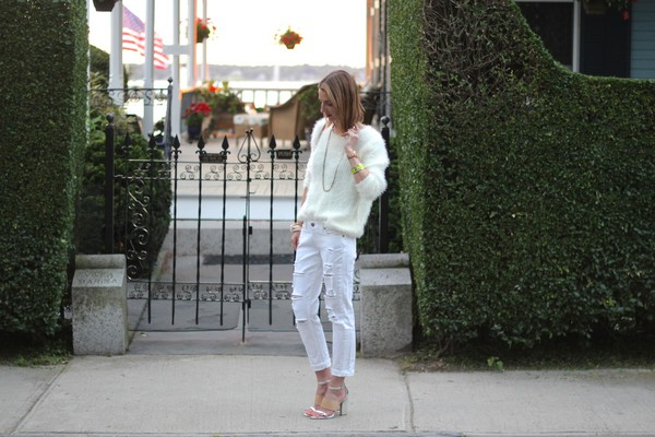 jess style rules sweater bag jewels shoes