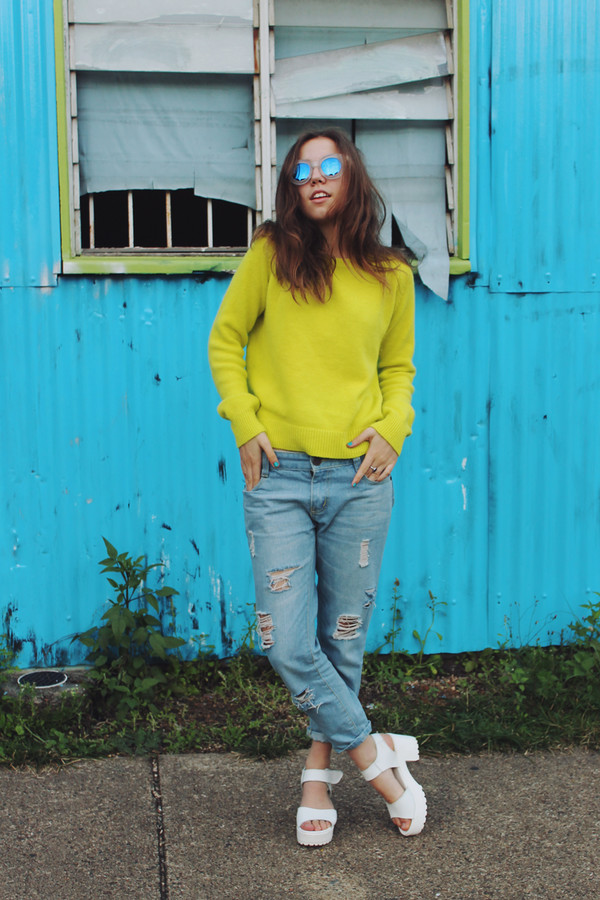 views of now jeans shoes sunglasses