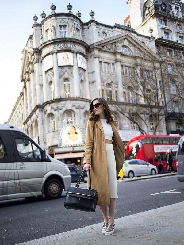 anouska proetta brandon coat bag sunglasses tank top shoes