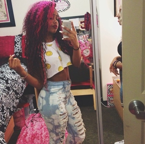 pants bahja rodriguez pinky in the brain tank top jeans acid wash acid wash jeans high waisted jeans crop tops smiley face top omg girlz beautiful bahja crop tops crop tops