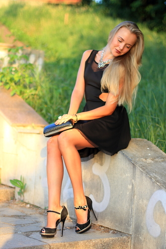 cablook dress jewels shoes bag