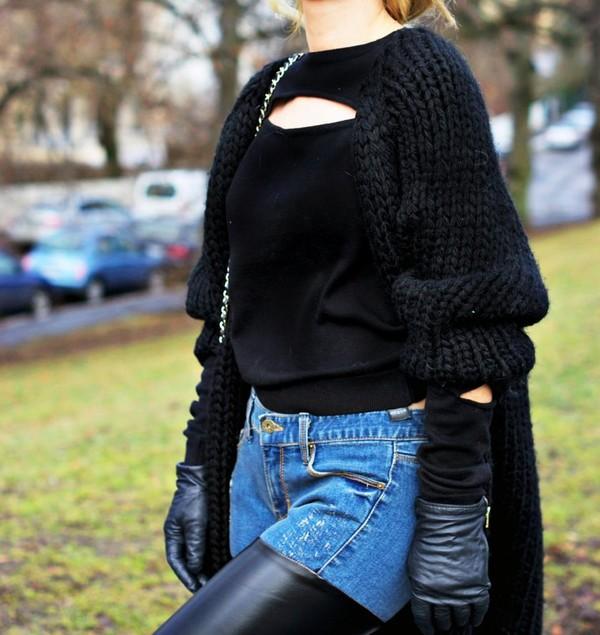stylista sweater jeans bag sunglasses