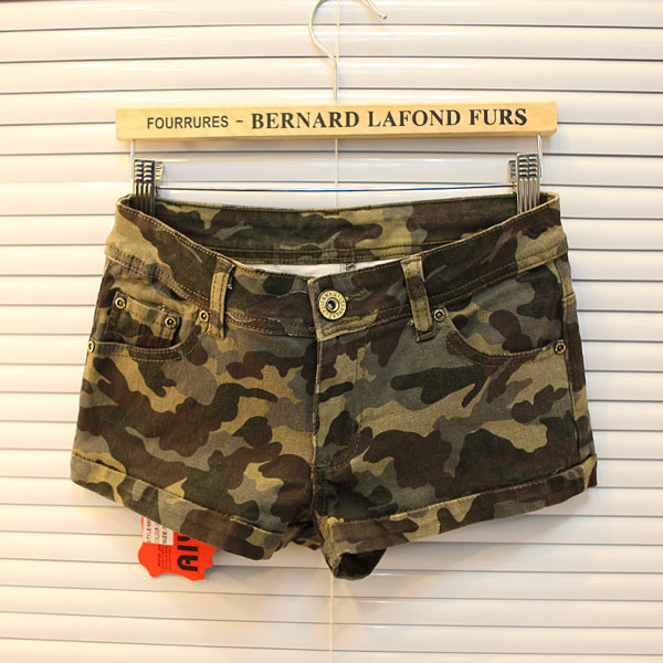 free shipping Europea station handsome shorts army green shorts leisure pants camouflage women garment  for summer hotsale-in Shorts from Apparel & Accessories on Aliexpress.com