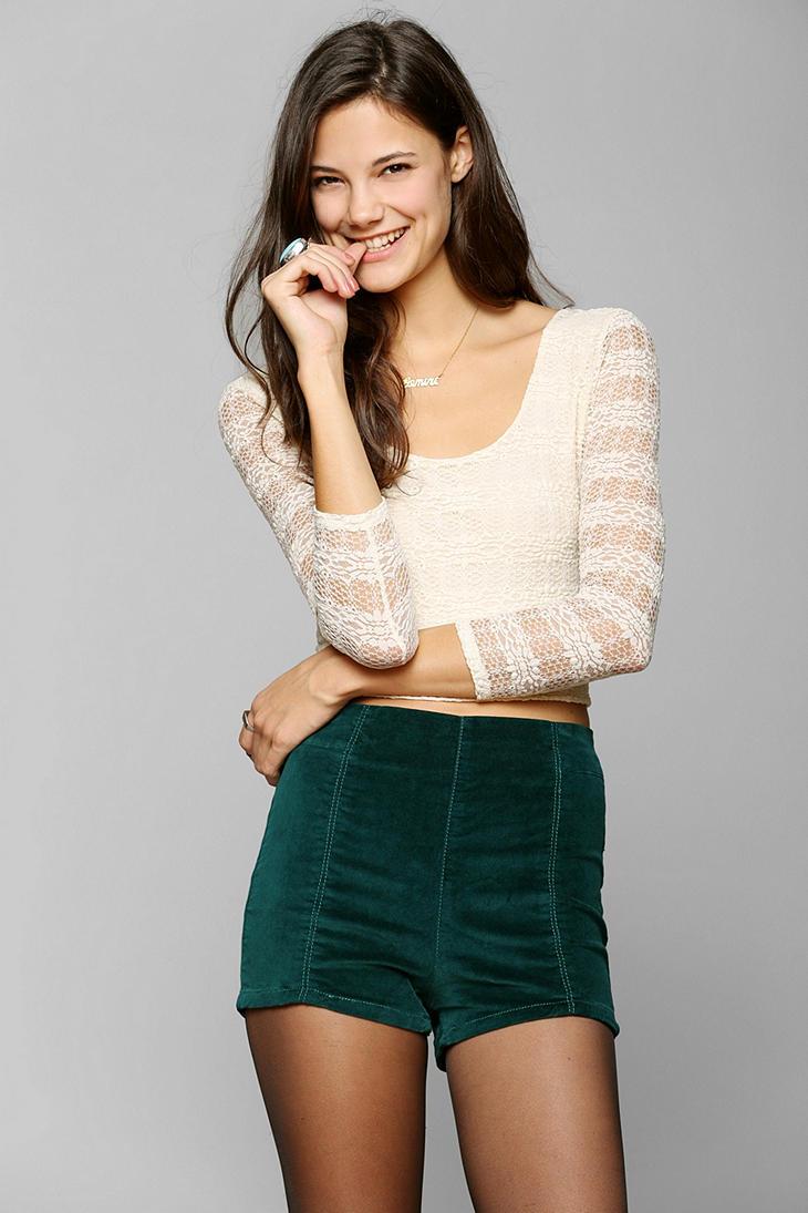 Kimchi Blue Rosie Velvet Pinup Short - Urban Outfitters