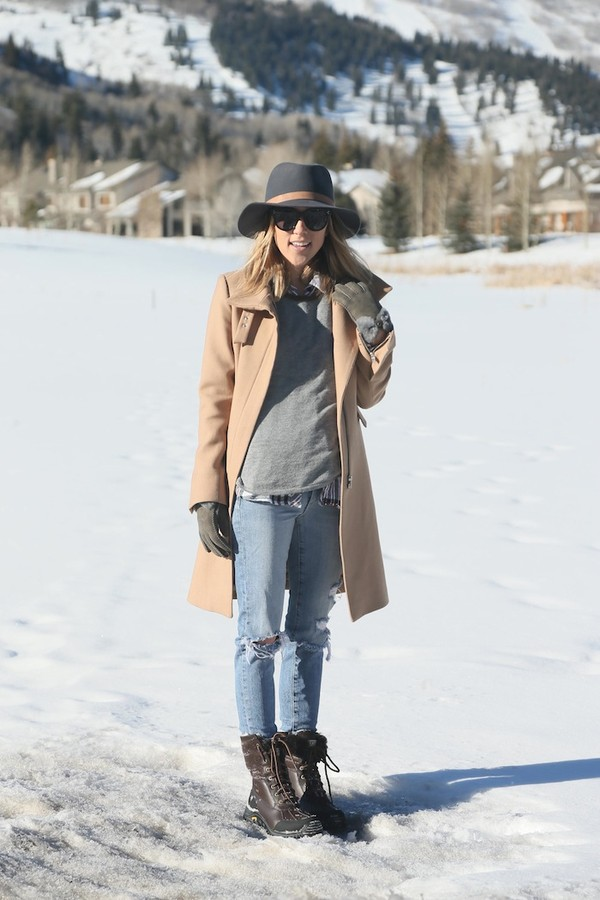 damsel in dior sweater coat hat shoes jeans