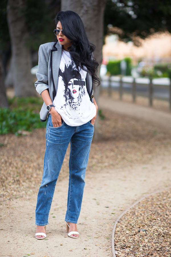 walk in wonderland t-shirt jacket jeans shoes jewels