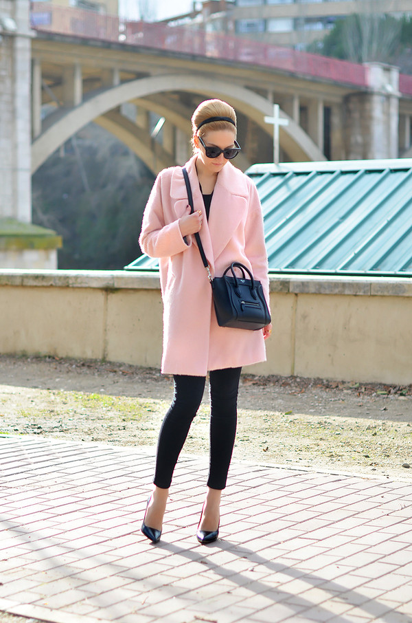oh my vogue coat bag shoes jeans sunglasses