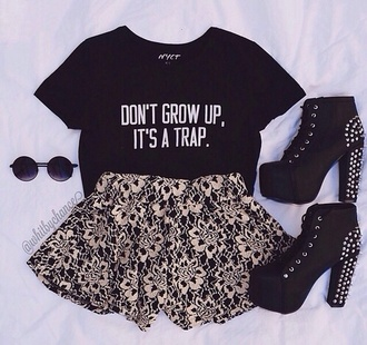 skirt shirt shoes black t-shirt pants black and white shorts flowers white high heels summer t-shirt black shorts short shorts flowered shorts sunglasses hipster graphic tee don'tgrowup blackshirt growing up