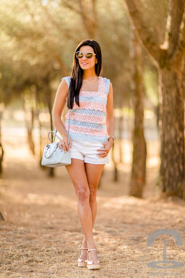 crimenes de la moda top shorts sunglasses shoes bag