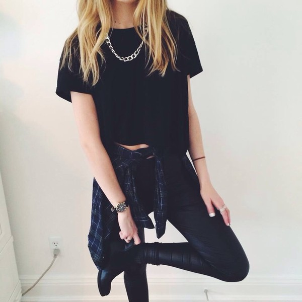 black top black t-shirt leather pants leather leggings plaid black boots