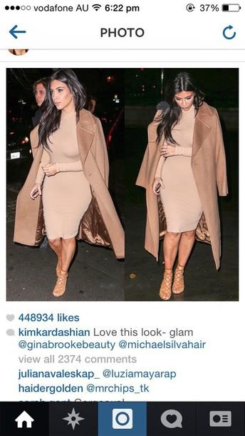 coat kim kardashian