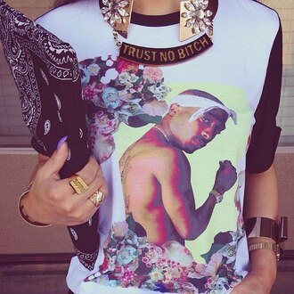 shirt blouse black white flowers floral tupac rap gangsta jewels bag chain gold chain gold ring jewelry tupac shirt accesoires 2pac sweater floral tank top gold gold jewelry bandana print