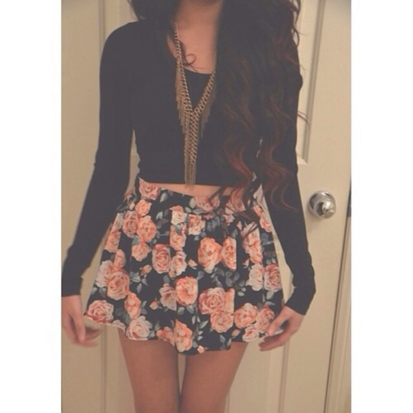 gold necklace gold chain skater skirt black crop top fall outfits flowers floral skirt floral