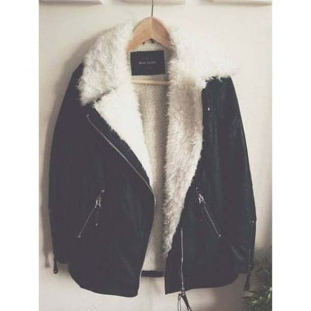 jacket clothes fur coat fur jacket pretty leather jacket black leather jacket black leather i want the same pleaseeeee help me from weheartit warm jacket fall outfits winter jacket girls clothing