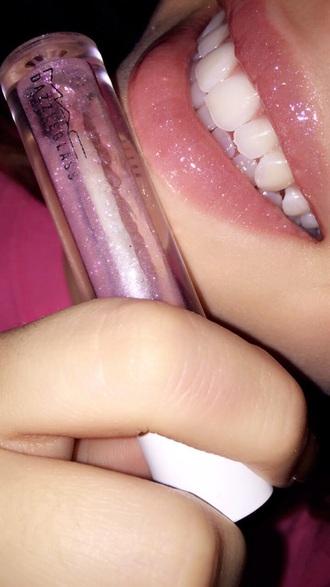 make-up lip gloss make up artist