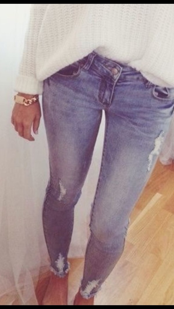 jeans jewns rippped awesome jewels sweater