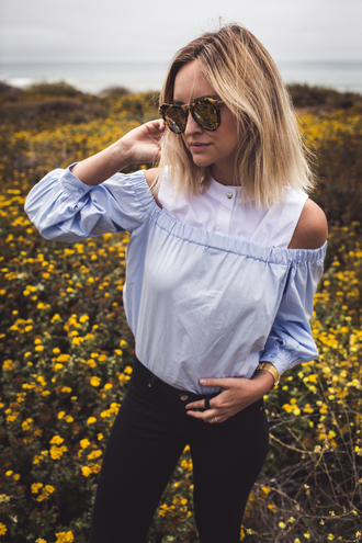 late afternoon blogger blue top off the shoulder black jeans black skinny jeans tortoise shell sunglasses pastel blue summer top cute top puffed sleeves cut out shoulder tortoise shell long sleeves
