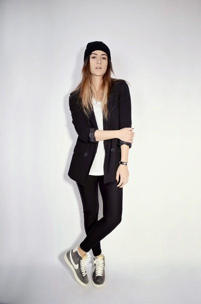 quality rivets blogger leggings nike sneakers blazer