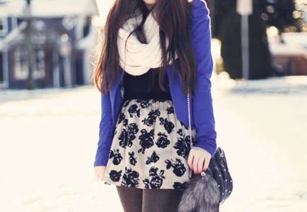 blue jacket roses floral skirt mini skirt shoulder bag infinity scarf knitted scarf fall outfits keychain sweater skirt shorts prety pretty cardigan purple cardigan black shirt blazer