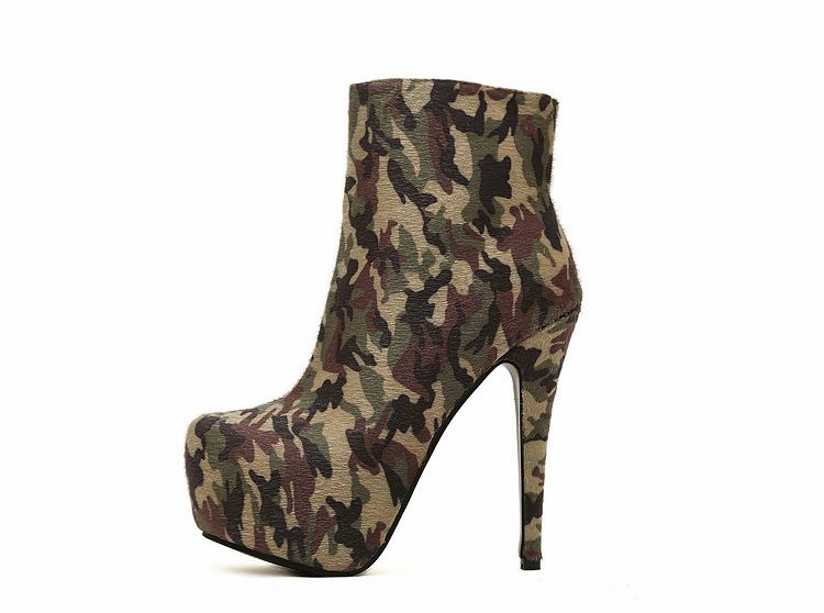 Camouflage Pattern Zipper Round Toe High Heels Ankle Boots