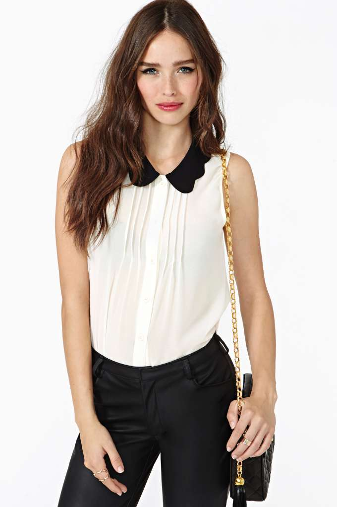 Scalloped Tux Top  in  Clothes Tops Shirts   Blouses at Nasty Gal