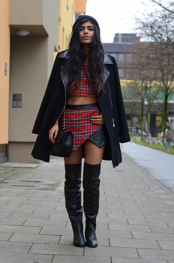 she wears fashion t-shirt hat coat shoes