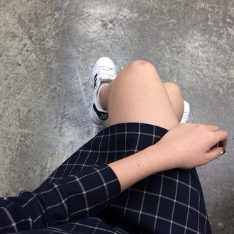 dress coat chest x-ray chekered blouse black black bikini black boots black heels blazer black dress black high waisted pants black jeans black t-shirt white dress white white t-shirt white sneakers ejcobi white crop tops crop tops jordans joggers t-shirt shorts shoes style shirt tribal pattern tribal cardigan trainers trench coat