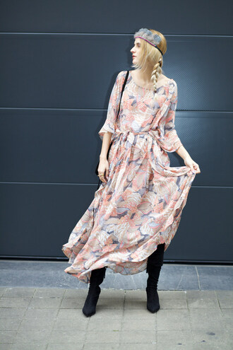 from brussels with love blogger dress shoes jewels bag pink dress maxi dress floral dress head jewels headband long sleeves