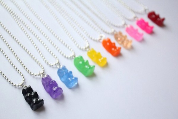 jewels necklace gummy bears