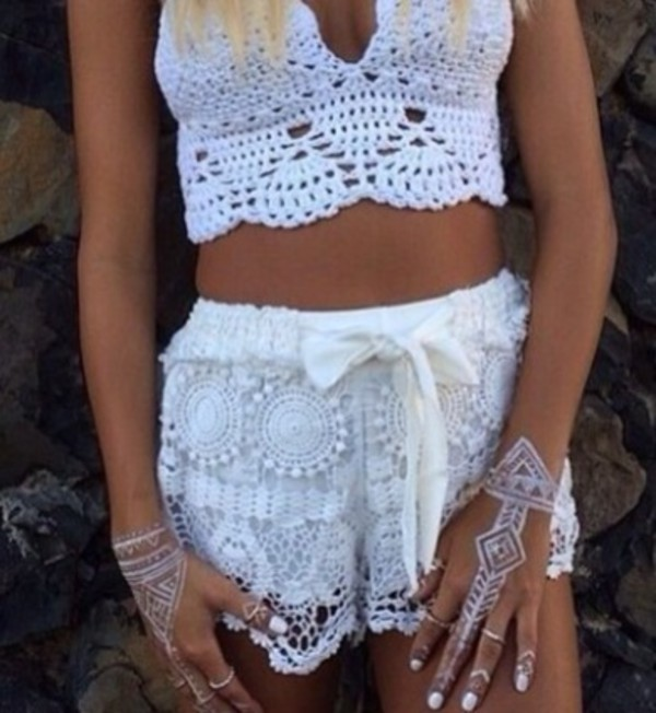 jewels hand jewelry top shorts