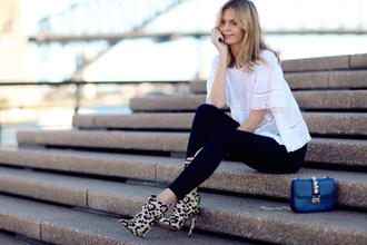 tuula jeans blouse bag shoes jewels