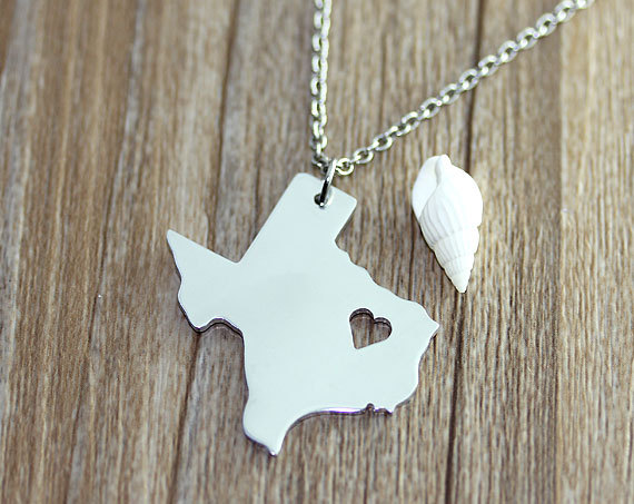 I heart  Texas Necklace  Texas Map Pendant  State by myhandword