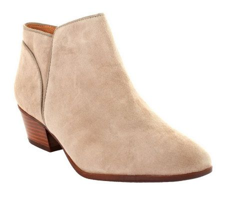Clarks Indigo Spye Hale Suede Ankle Boots on Stacked Heel — QVC.com