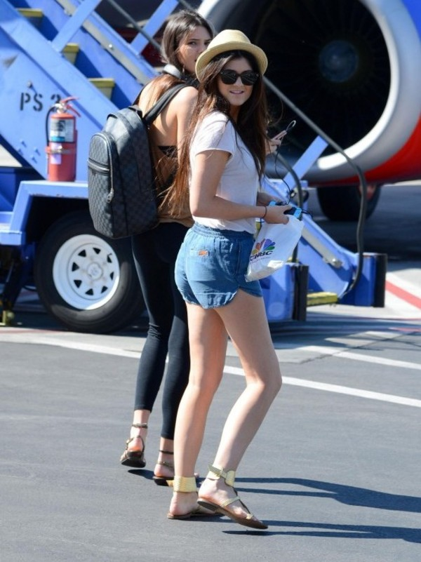 hat kylie jenner shorts shoes