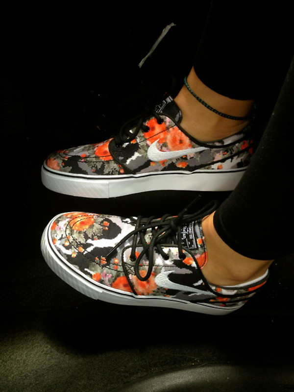 shoes nike floral nikes floral