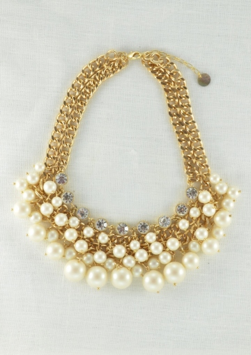 Pearl Blossom Statement Necklace - Happiness Boutique