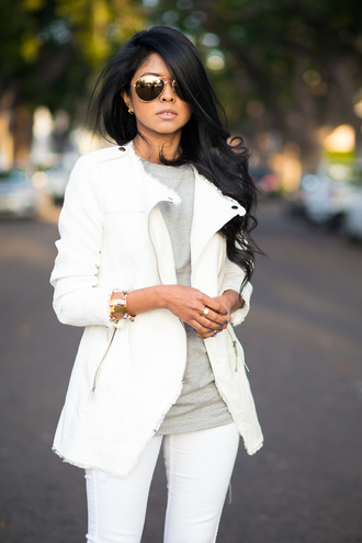 walk in wonderland t-shirt jacket jeans shoes jewels sunglasses