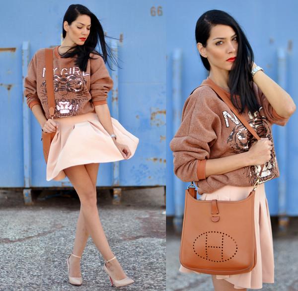 sweater tiger fashion stylish brand clothes skirt high heel shoulder bag shoes pencil skirt beautiful bag
