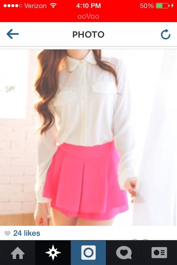 t-shirt white long sleeves shirt pink skirt