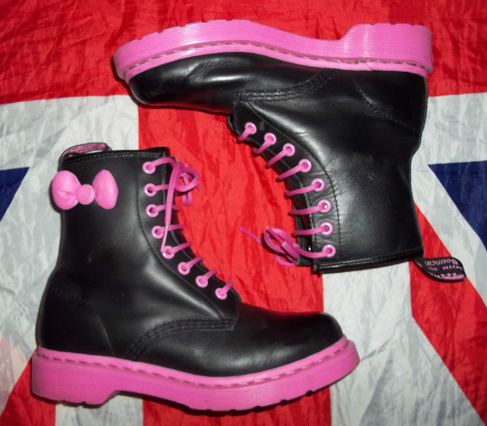 RARE Hello Kitty Black Pink Bow Dr Martens Doc Martins Quirky Kitsch Kawaii 4 | eBay